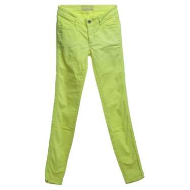 Closed Jeans in neon yellow