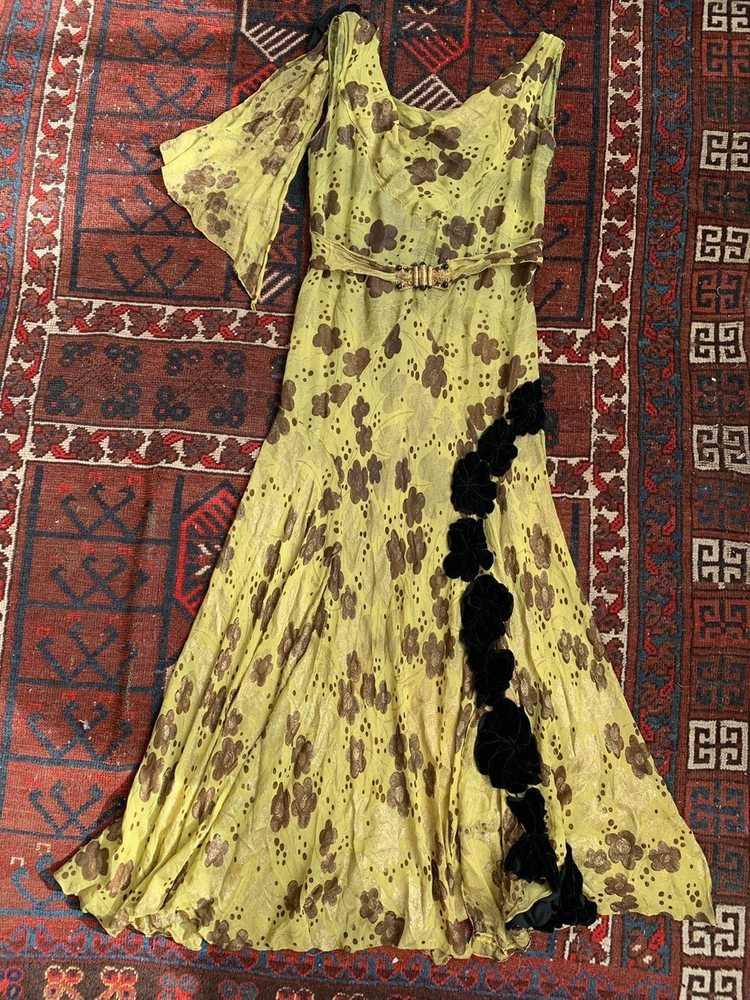 1930s Chartreuse Lamé Gown - image 10