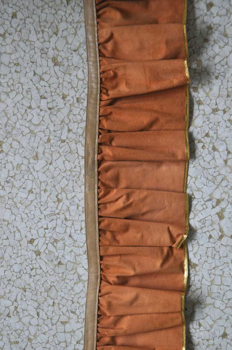 Fabulous 50s Gold Metallic Peplum Leather Belt. - image 3