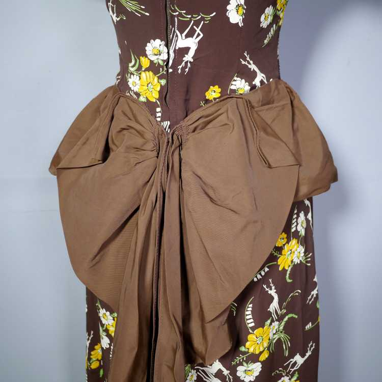 40s NOVELTY DEER AND FLOWER PRINT BROWN RAYON DRE… - image 10