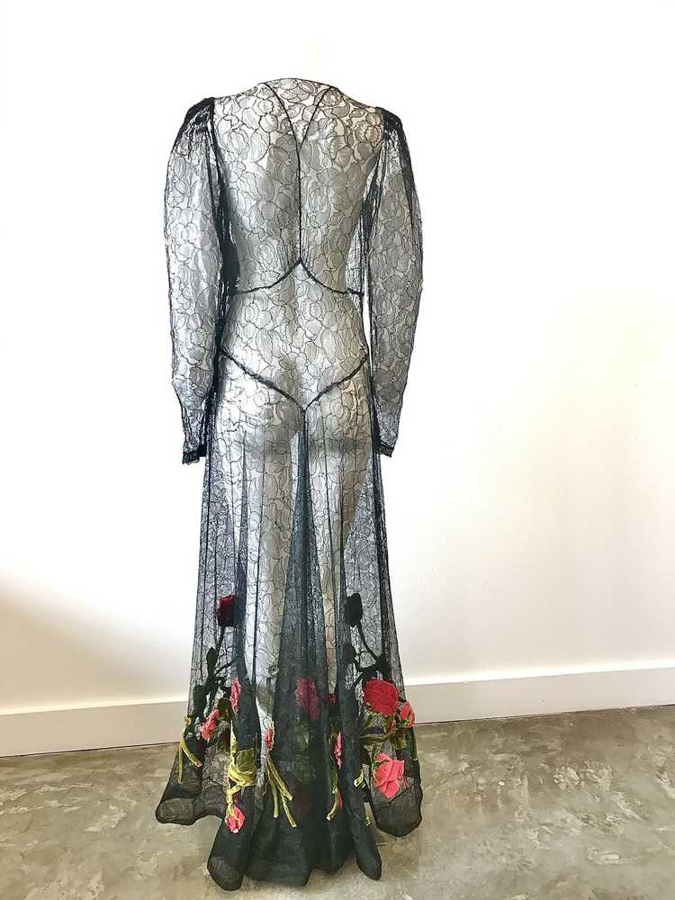 1930's Black Lace Gown with 3 Dimensional Velvet … - image 2