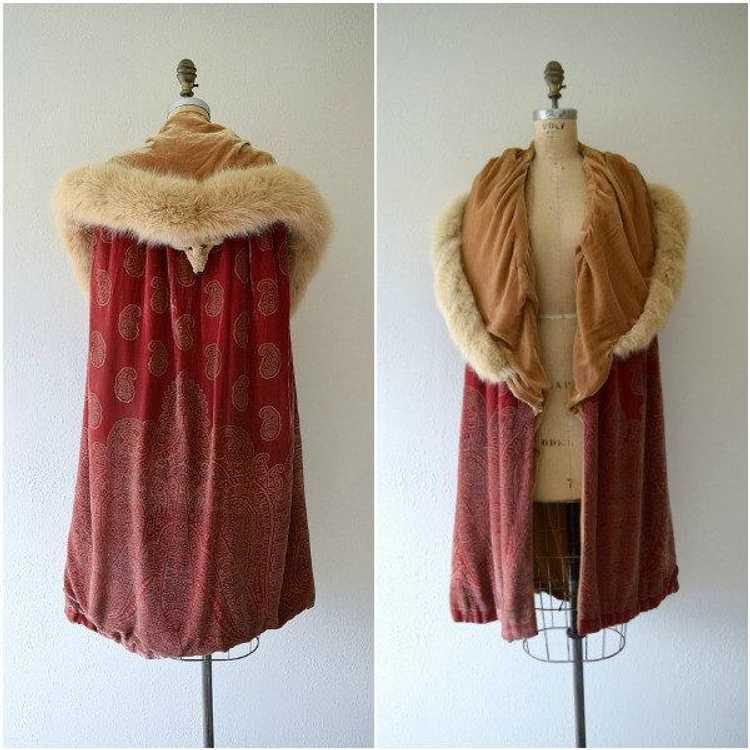1920s silk velvet cape . vintage 20s stenciled ve… - image 2