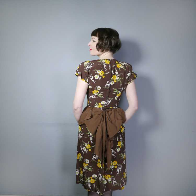 40s NOVELTY DEER AND FLOWER PRINT BROWN RAYON DRE… - image 3