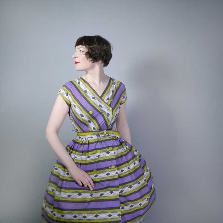 50s MID CENTURY PRINT PURPLE AND LIME STRIPED DOU… - image 2