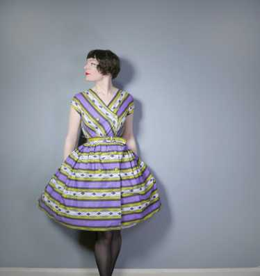 50s MID CENTURY PRINT PURPLE AND LIME STRIPED DOU… - image 1