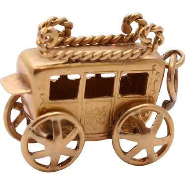 Vintage 14K Yellow Gold Carriage Stage Coach Penda