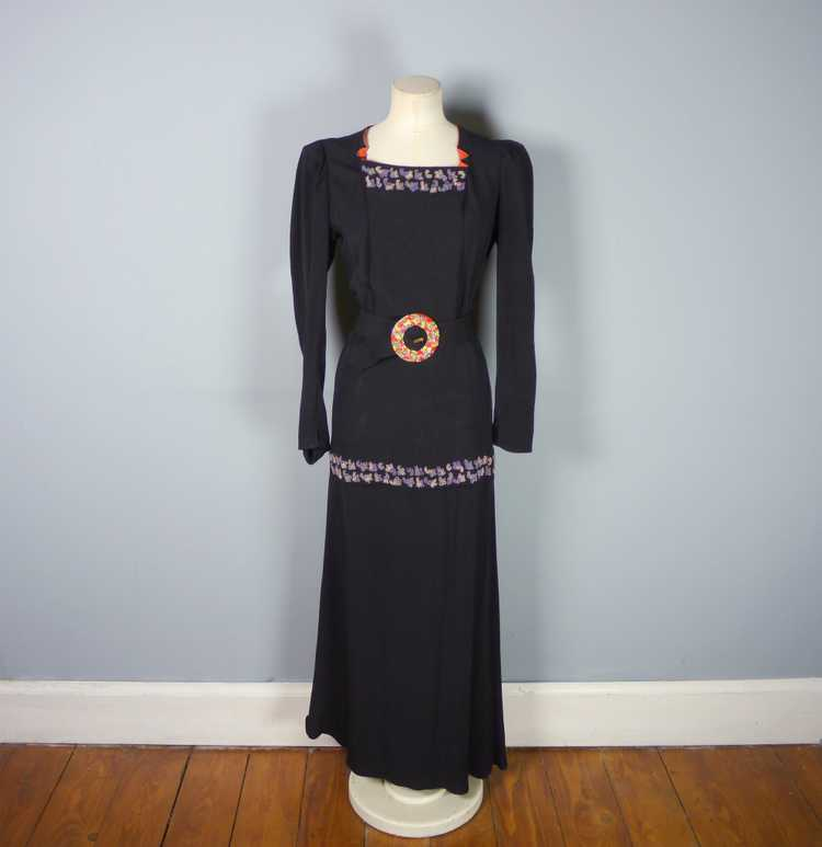30s 40s BLACK CREPE EVENING DRESS WITH BEADED PEP… - image 9