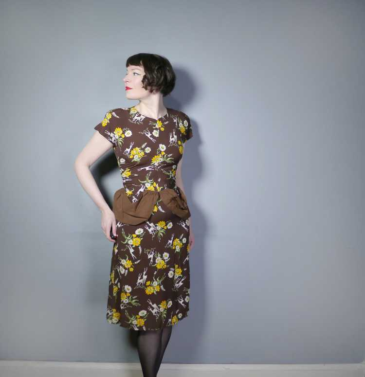 40s NOVELTY DEER AND FLOWER PRINT BROWN RAYON DRE… - image 4