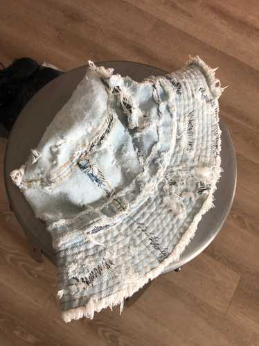 Levi's Distressed Denim bucket hat