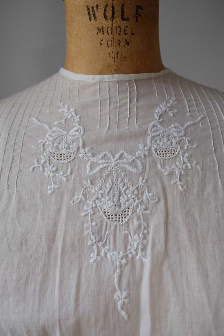 Edwardian Embroidered Batiste Cotton Lawn Dress - image 9