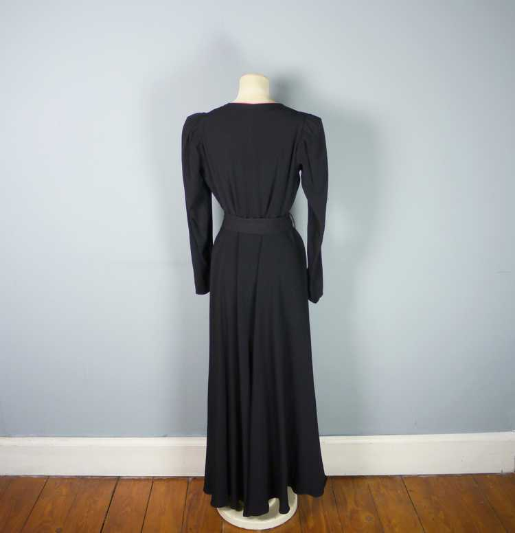 30s 40s BLACK CREPE EVENING DRESS WITH BEADED PEP… - image 11
