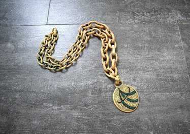 1930s celluloid necklace . vintage 30s chain penda