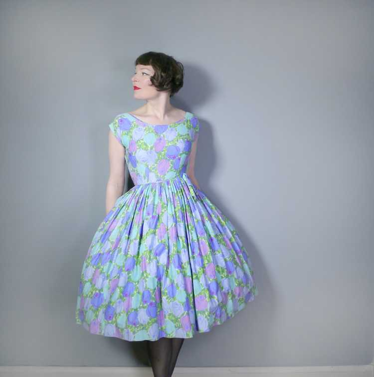 50s FLORAL ROSE DRESS IN BLUE, GREEN AND LILAC CO… - image 2
