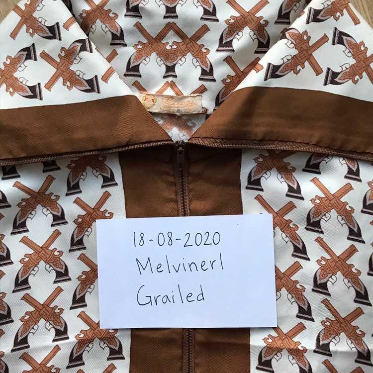 Gucci *LAST DROP* Vintage 1970's Gucci Blouse - image 3