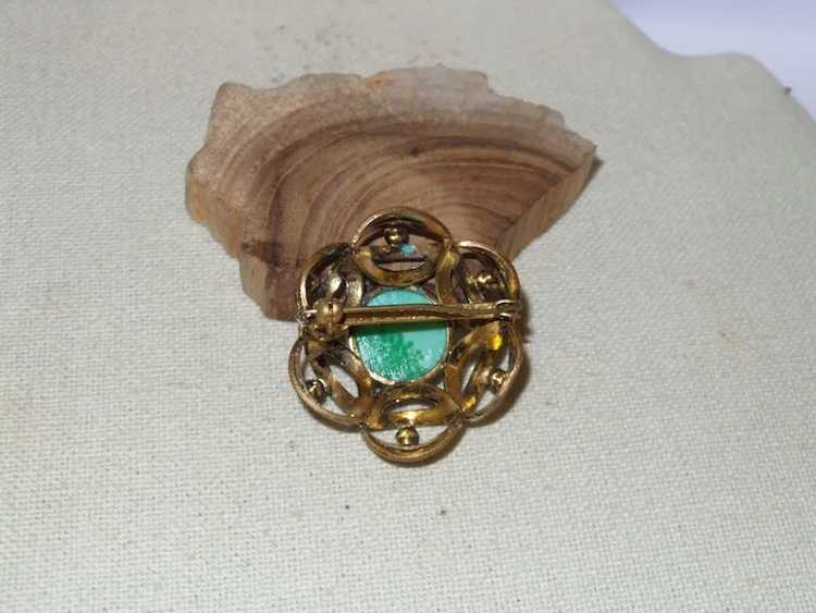 Vintage Faux Jade and Faux Pearl Brooch - image 4