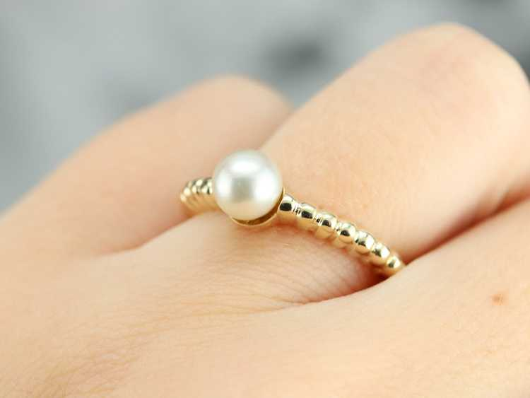 Yellow Gold Pearl Solitaire Ring - image 5