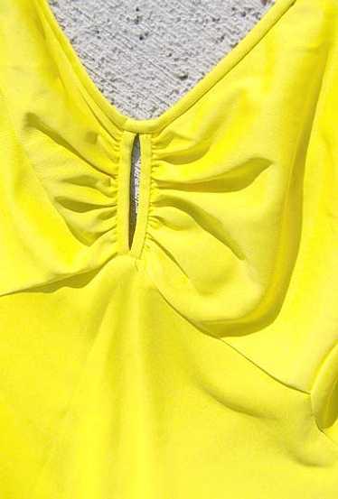 Olga yellow nightgown