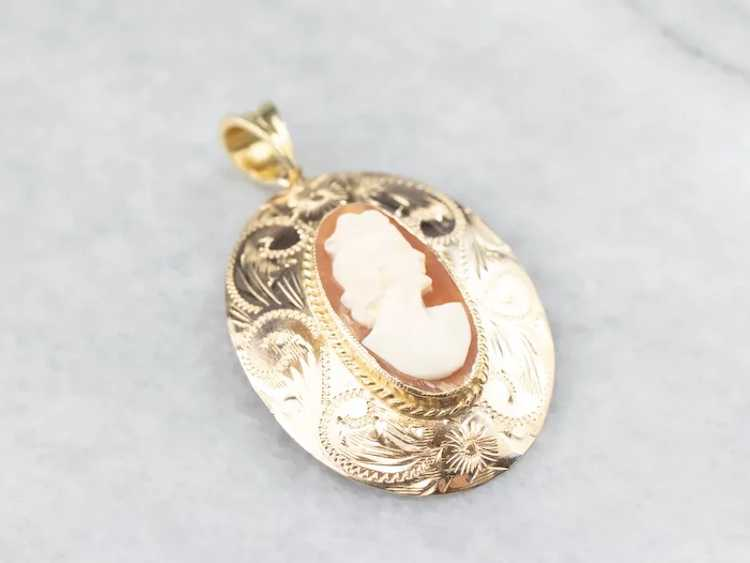 Floral Mid Century Cameo Pendant - image 3