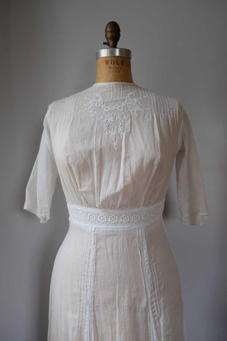 Edwardian Embroidered Batiste Cotton Lawn Dress - image 3