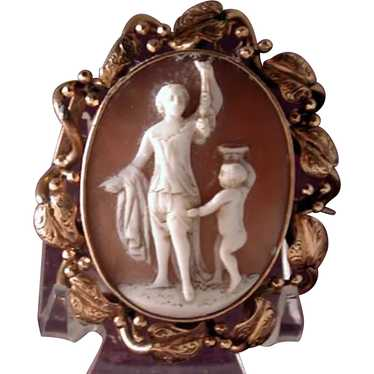 Large cameo of Venus and Cupid