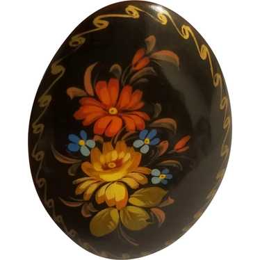Floral Russian lacquer brooch artist signed