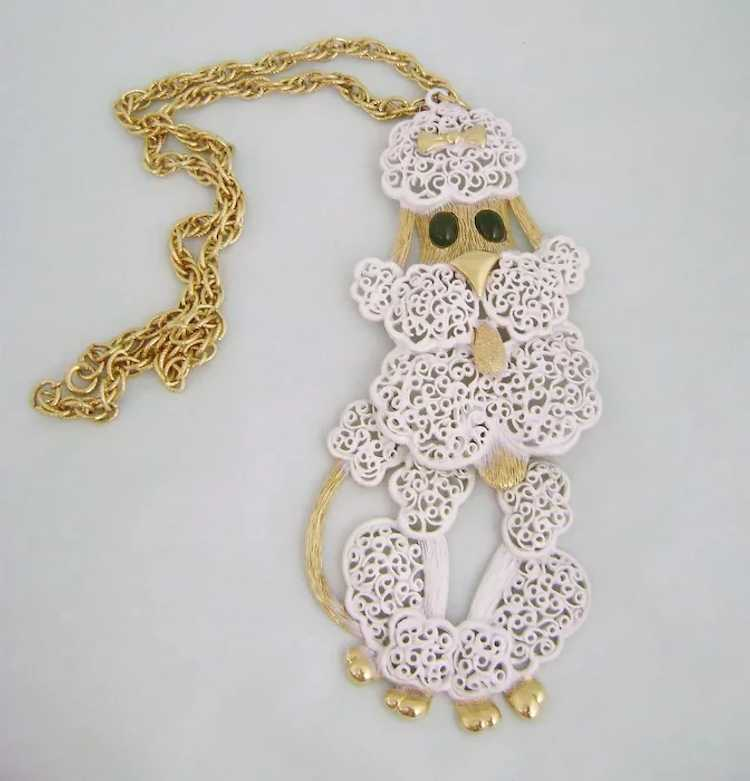 Cutie Poodle of Rhinestones with head /& ears swivel Pendant Chain Necklace