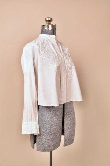 White Antique Victorian Embroidered Blouse With Pl