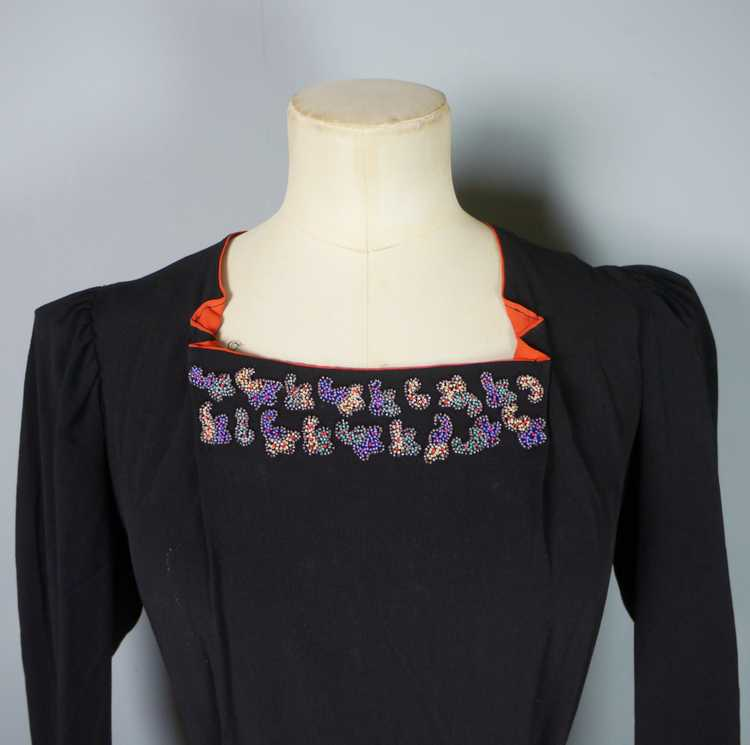 30s 40s BLACK CREPE EVENING DRESS WITH BEADED PEP… - image 7