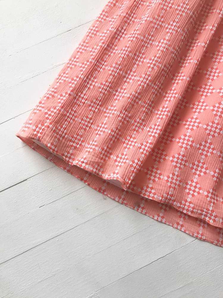1980s Peach Diamond Print Dress with Balloon Slee… - image 5