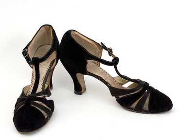 Velvet/satin evening shoes, 1930s