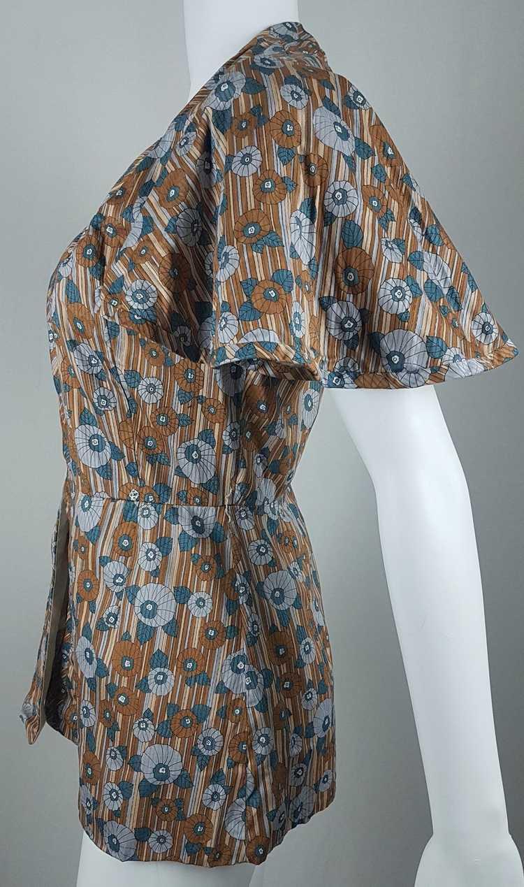 Vintage Vogue Couturier Design Circular Cape/Batw… - image 4