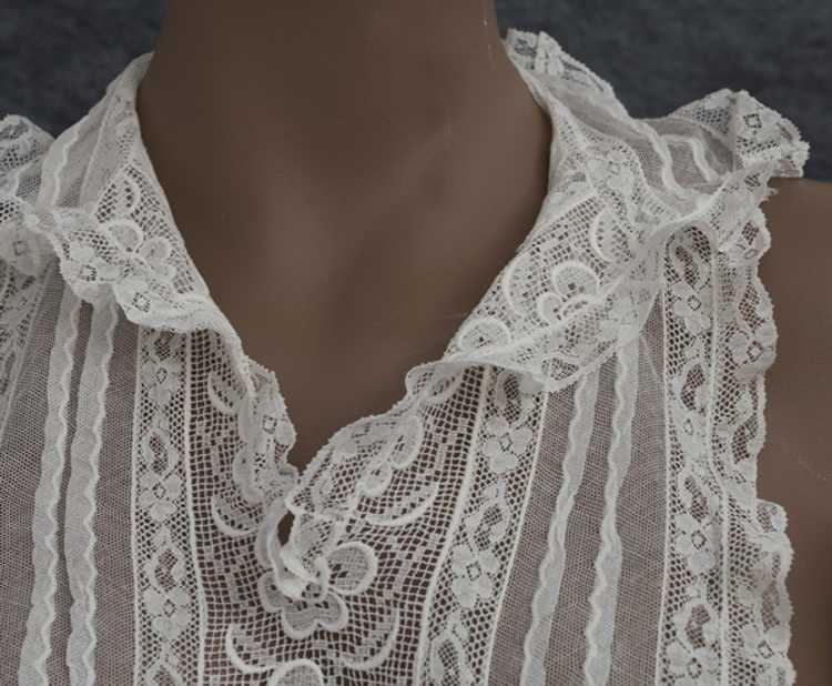 Embroidered lace dickey, 1930s - image 2