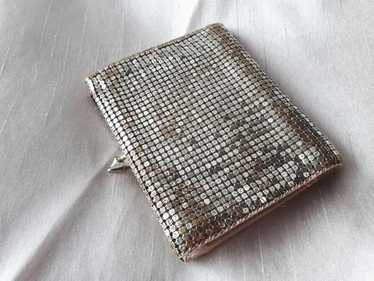 Ahlem - very old glam, - vintage silver mesh fold