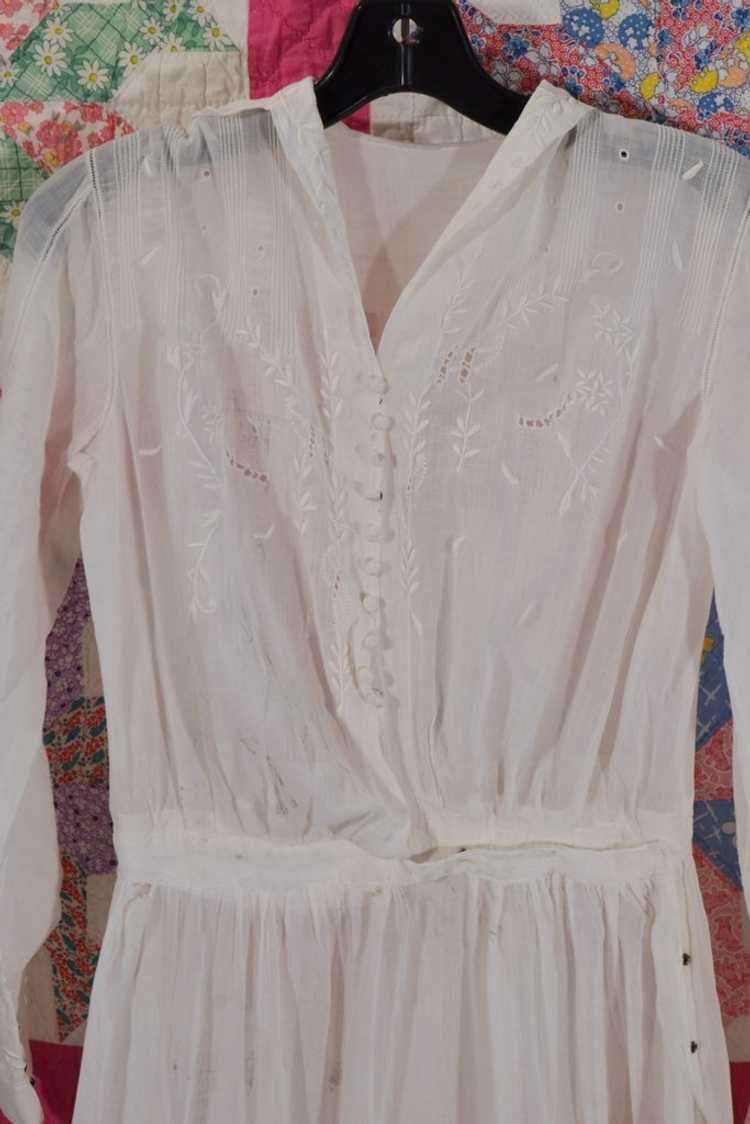 Antique Edwardian Lawn Dress, Embroidered Details - image 4