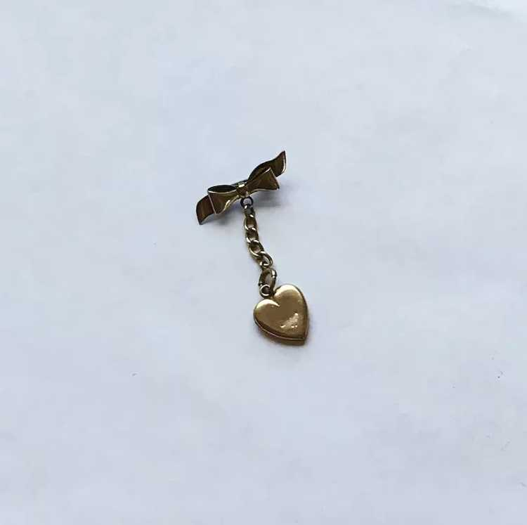 Gold Filled Heart Pin Vintage Beauty