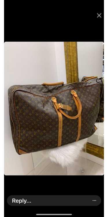 Louis Vuitton Louis Vuitton luggage bag