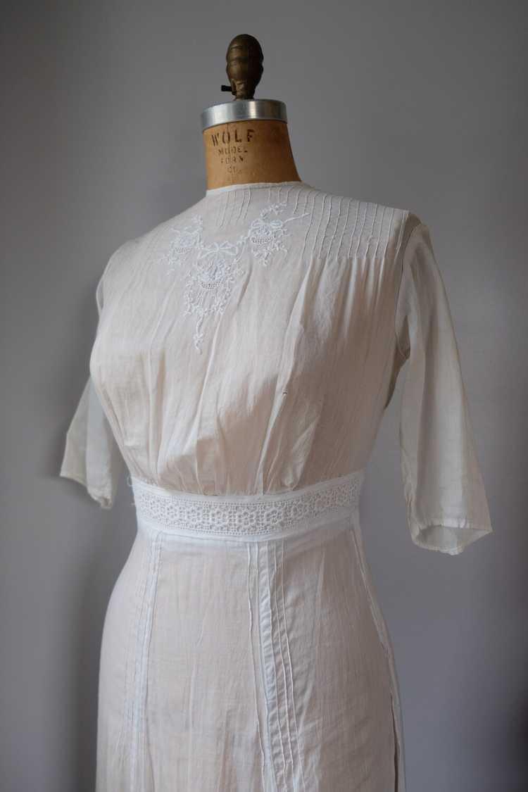 Edwardian Embroidered Batiste Cotton Lawn Dress - image 5