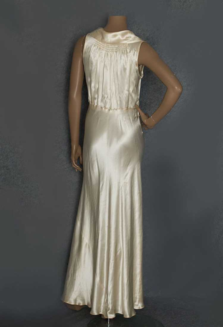 Hollywood style, bias-cut charmeuse nightgown, 19… - image 2