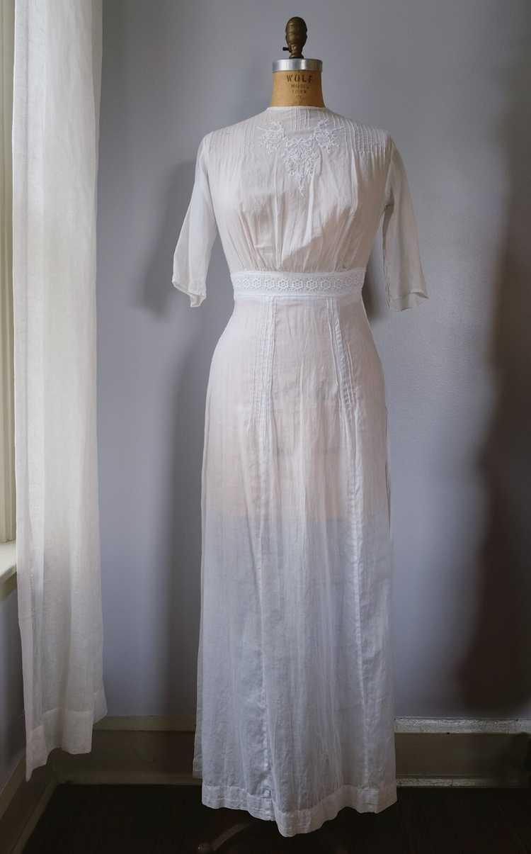Edwardian Embroidered Batiste Cotton Lawn Dress - image 2