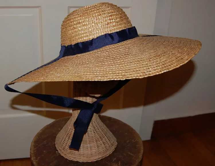 Wide Brimmed Straw Hat Women's 19th c Rural Style - image 2
