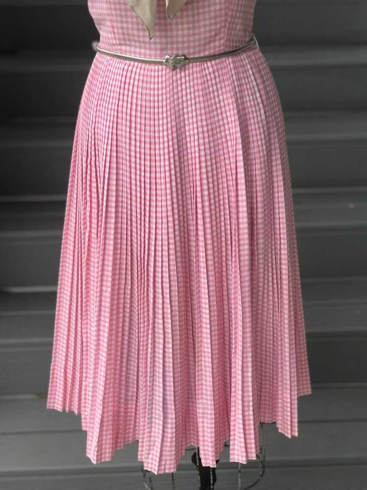 1960s Pink Pleated Collar Gingham Day Dress - image 5