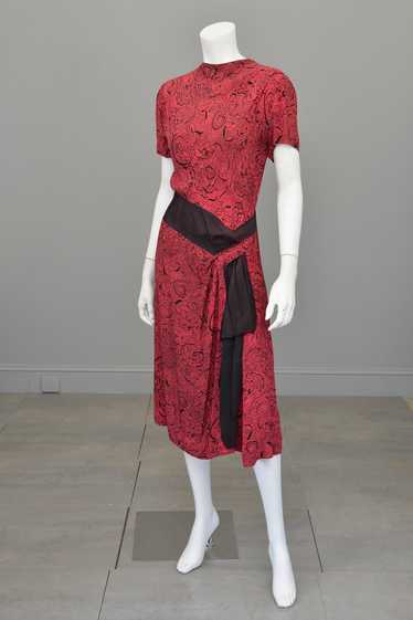 1940s Novelty Print Egyptian Revival Dress Red Bla