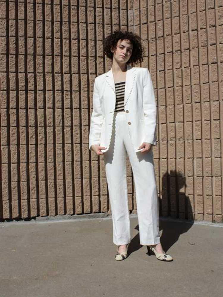 Louis Féraud Scalloped Linen Suit - image 5