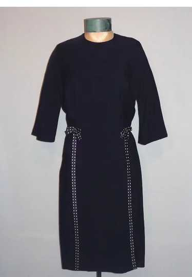 Vintage Late 1950s   Early 1960s Navy Blue and Whi