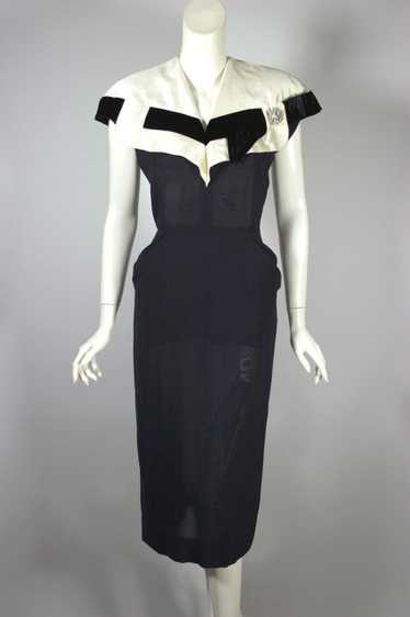 Early 1950s cocktail dress black ivory silk collar