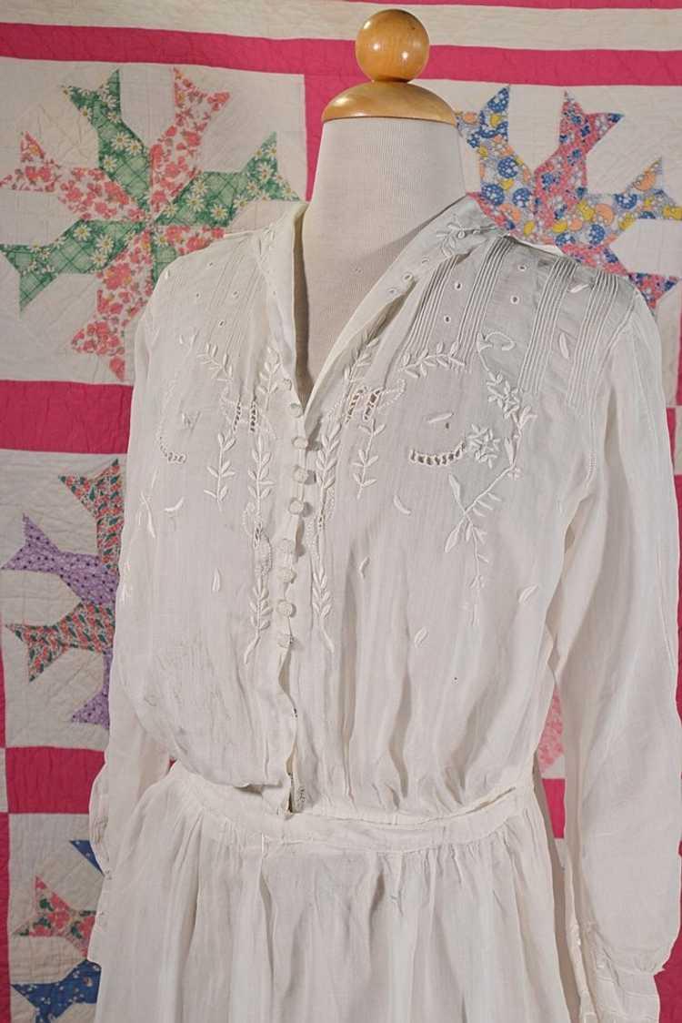 Antique Edwardian Lawn Dress, Embroidered Details - image 6