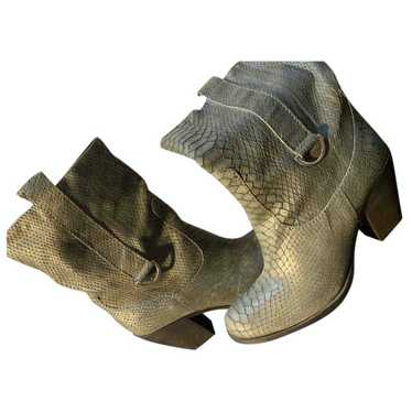 Cop Copine Grey Leather Boots for Women 39 EU