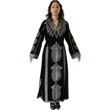 Vintage Black Velvet Metallic Embroidered Caftan M