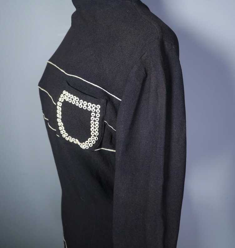 40s BLACK CREPE BLOUSE WITH WHITE PIPING AND STUD… - image 5