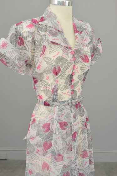 1940s Hot Pink Retro Novelty Print Dress w Pockets
